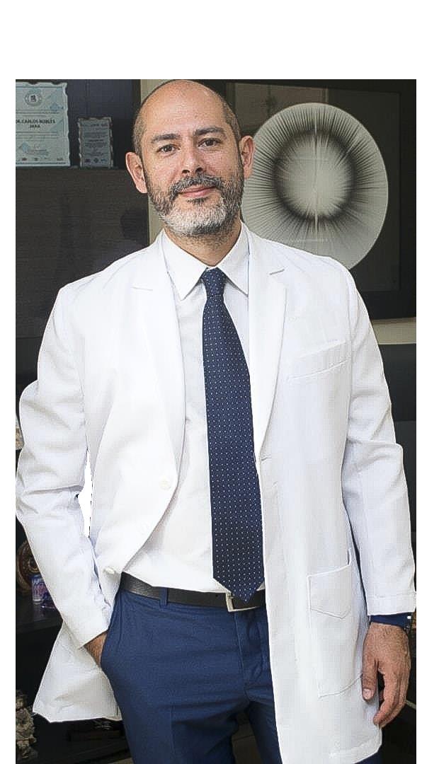 Dr. Adrián Rubinof