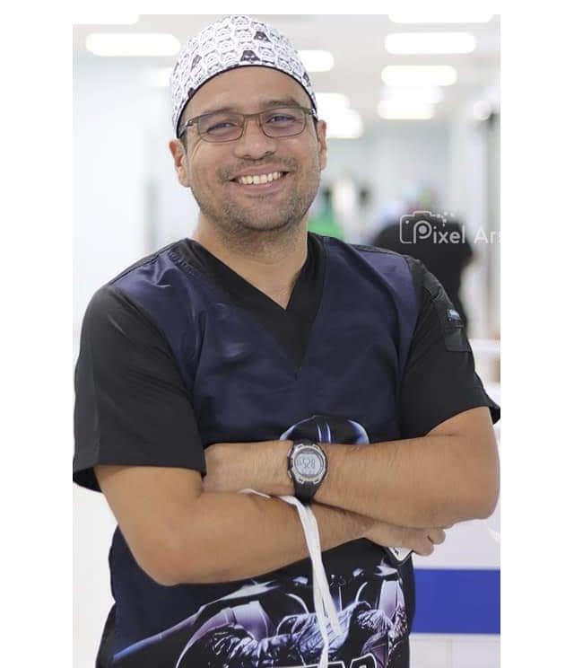 Dr. Cristhian Robles