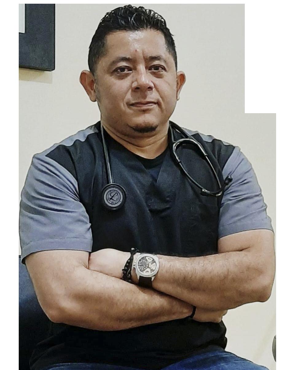 Dr. Roberto Cuenca
